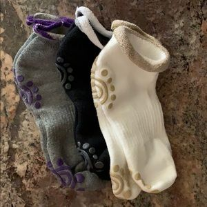 Non-slip socks for yoga/pilates - 3 pairs